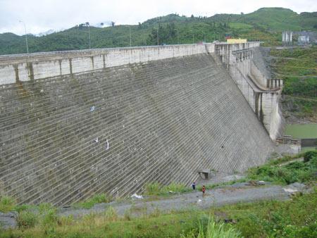 Bác tin đồn nứt đập thủy điện Sông Tranh 2 - 1
