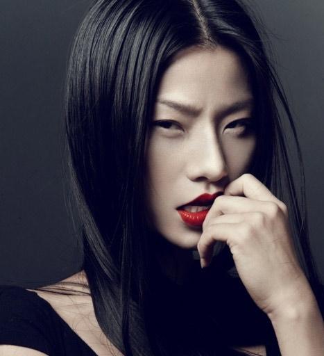 Cách trang điểm hợp mắt người châu Á - 1