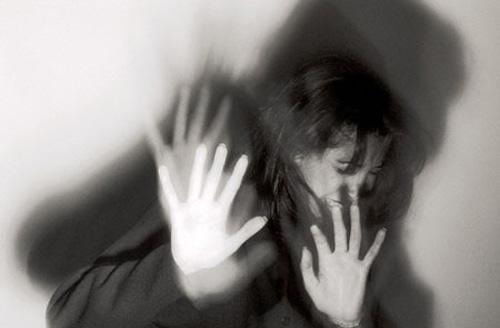 Bạo lực gia đình: Quá tin vào phạt tiền - 1