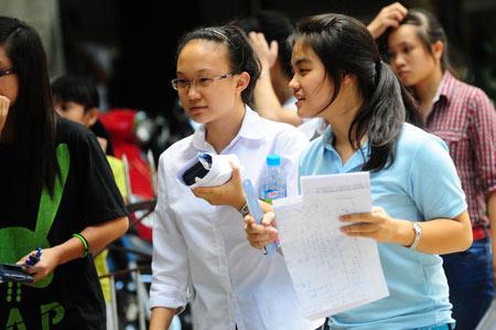 Điểm thi đại học năm nay cao hơn 2012 - 1