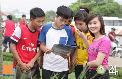 Arsenal tung áo và khuấy đảo Mỹ Đình - 1