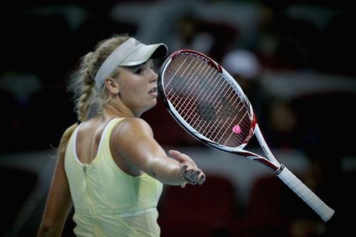 HOT: Martina Hingis thi đấu chuyên nghiệp - 1