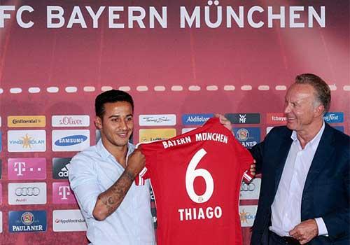 Thiago chính thức ra mắt Bayern - 1