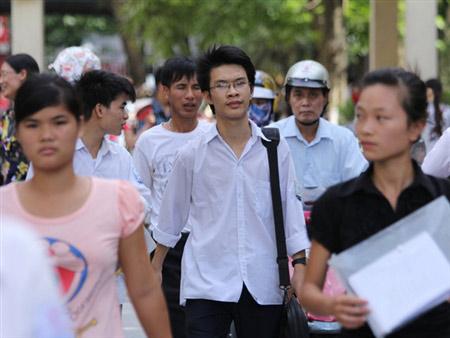 5 thí sinh đầu tiên đỗ Học viện Ngoại giao - 1