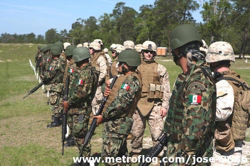 Thủy quân lục chiến đối đầu trùm ma túy (P3) - 1