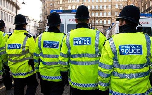 Cảnh sát Anh không đủ tiền đi tuần tra - 1