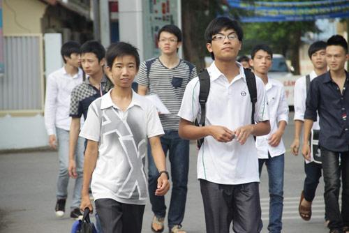 Thủ khoa Đại học Thăng Long đạt 22, 5 điểm - 1