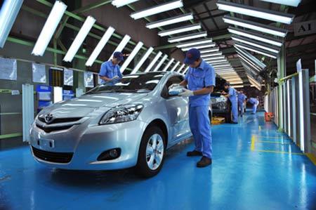 Doanh nghiệp ôtô đua nhau xin gia hạn thuế - 1