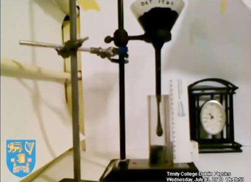 Video ghi lại thí nghiệm dài... 70 năm - 1