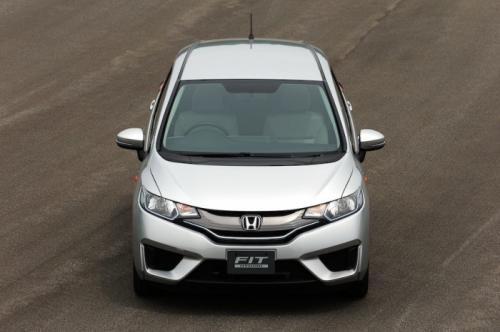 Honda Fit 2014 chỉ chạy 2,7 lít/100km - 7