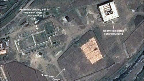 """Triều Tiên """"bỏ rơi"""" bãi phóng tên lửa - 1"""