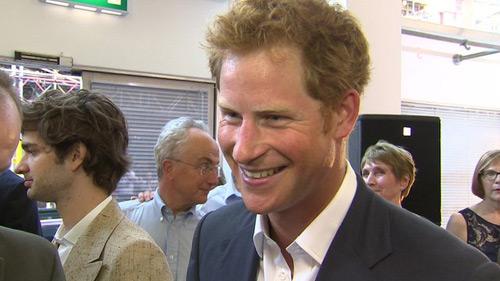 """Hoàng tử Harry sẽ làm """"bảo mẫu"""" cho cháu mình - 1"""