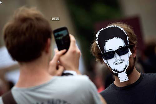 """Thêm cựu đặc vụ Mỹ """"nối gót"""" Snowden - 1"""