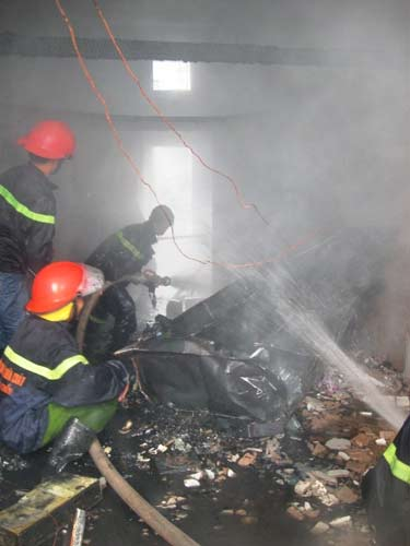 Đà Nẵng: Cháy chung cư do hở bình gas? - 1