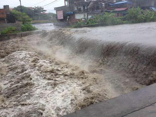 Quảng Ninh: 2 công nhân bị nước cuốn trôi - 1