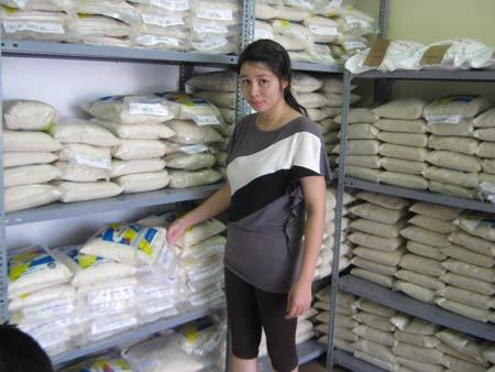 Gạo nội gắn mác gạo ngoại để bán giá cao - 1