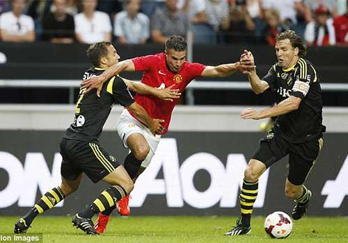 AIK – MU: Nỗi nhớ Rooney - 1