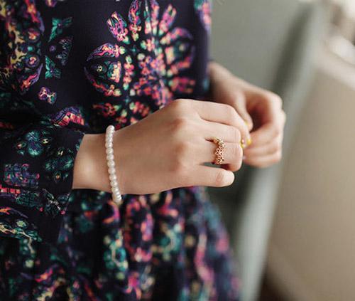 Khám phá 4 kiểu đeo nhẫn mới lạ - 16