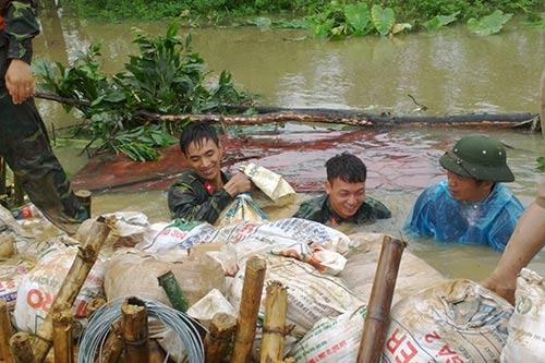 Xả nước sông Nhuệ vào nội thành Hà Nội - 1