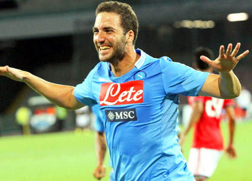 """Higuain """"nổ súng"""" lần đầu cho Napoli - 1"""
