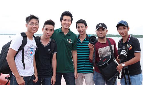 Nguyễn Phi Hùng hát về Trường Sa - 1