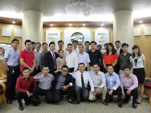 CEO trẻ Hà Nội cùng nhau vượt bão - 1