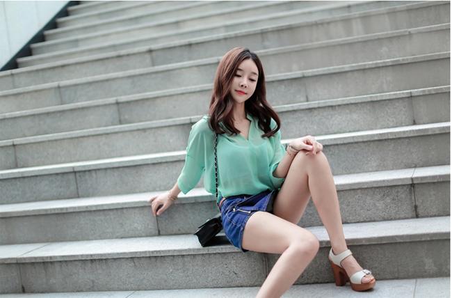 Dù còn trẻ tuổi nhưng Cho Min Yeong được biết đến là một cô gái xinh đẹp, tài năng