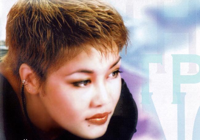 Chị được khán giả biết đến rộng rãi với các ca khúc như Có phải em là mùa thu Hà Nội (Trần Quang Lộc), Dòng sông lơ đãng (Việt Anh)
