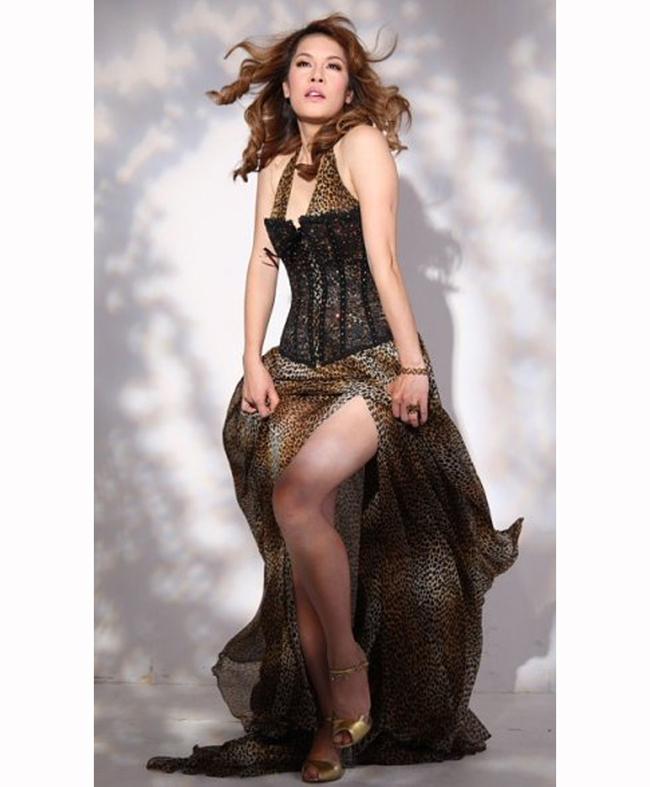 Thu Phương cũng là ca sỹ có cá tính với phong cách thời trang ảnh hưởng một thời.