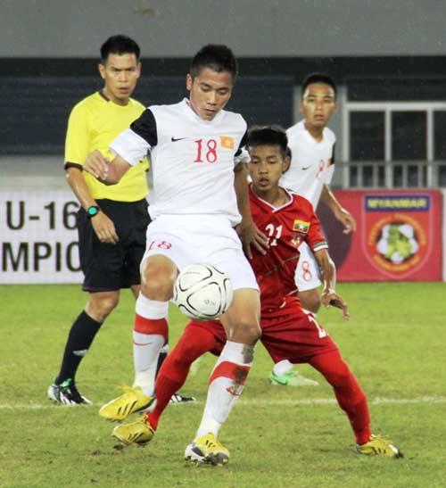 U16 Việt Nam đại thắng ngày ra quân - 1