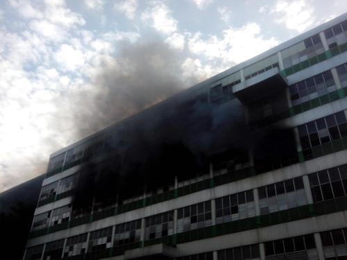 Cháy tại KCN Pou Yuen: Báo cháy chậm - 1