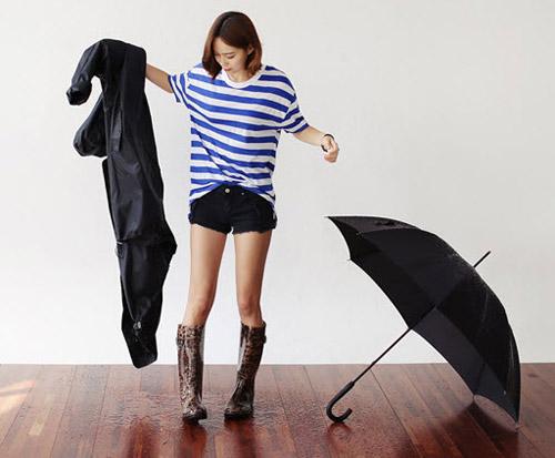 """Kiểu giày """"chuyên trị"""" trời mưa - 3"""