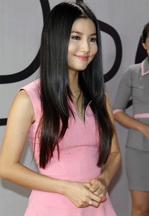 Diễm My 9X: Tôi từng say nắng Huy Khánh - 1