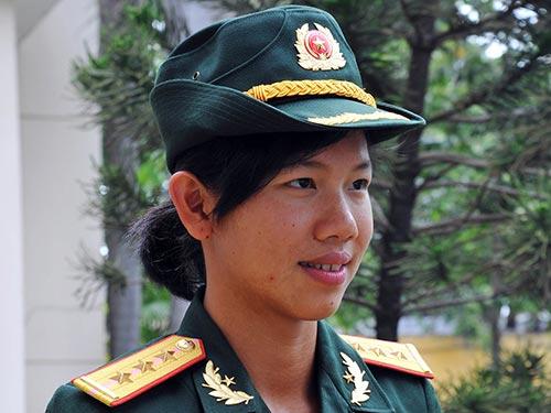 Kình ngư Ánh Viên được phong hàm Thượng Úy - 1