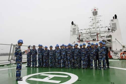 """Cảnh sát biển Việt Nam """"khoe"""" trang bị mới - 1"""