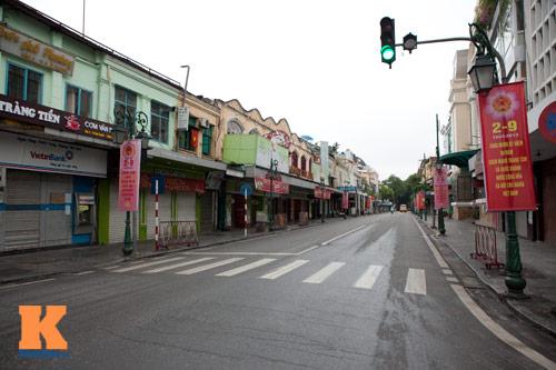 Hà Nội, Sài Gòn yên bình sáng Quốc khánh - 1