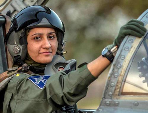 Pakistan có nữ phi công chiến đấu đầu tiên - 1
