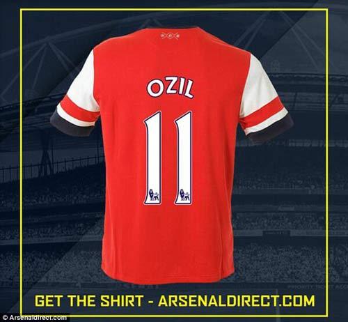 Arsenal-Ozil mừng rỡ, fan Real nổi giận - 1