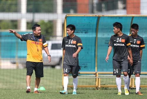 Nhìn từ danh sách tập trung ĐT U23: Ông Phúc không xem V.League? - 1