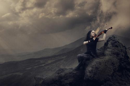 Lắng nghe và cảm nhận: Sad Violin - 1