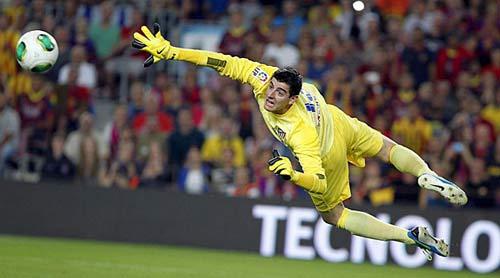 Barca tiếp cận thủ thành của Chelsea - 1