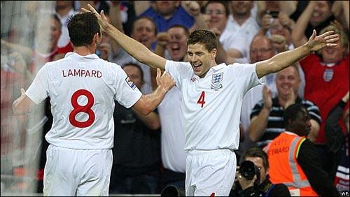 ĐT Anh: 4 bàn thắng, 3 điểm, 2 niềm vui - 1