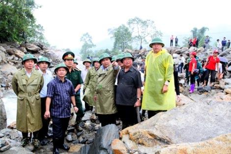 Lũ quét ở Sa pa: Phó Thủ tướng thăm dân bản - 1