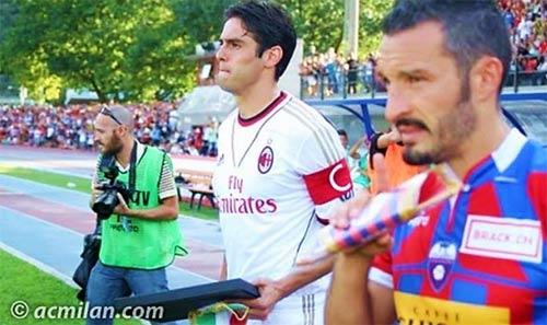 Kaka ra mắt, Milan đại thắng - 1