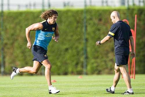 Puyol trở lại, Barca vá hàng thủ - 1