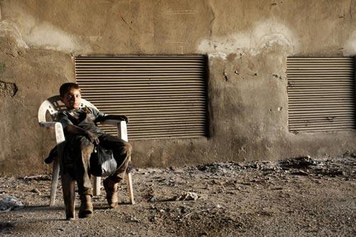 Syria: Bé 10 tuổi làm trong nhà máy vũ khí - 1