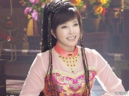 U60 Lưu Hiểu Khánh diễn gái 16 - 1