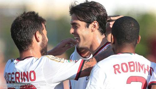 """Với Kaka, Milan mơ """"lật đổ"""" Juventus - 1"""