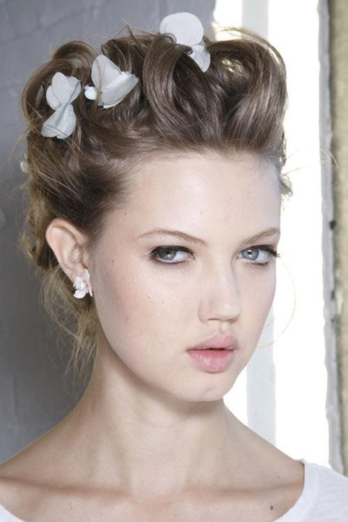 Các mẫu tóc đẹp nhất sàn diễn thời trang - 1