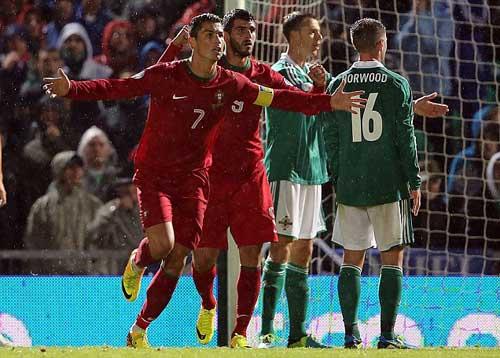 """Eusebio buồn vì """"bị"""" so sánh với Ronaldo - 1"""